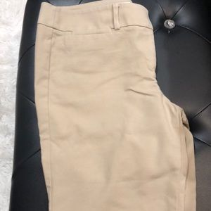 Loft marissa fit the Rivera pant tan
